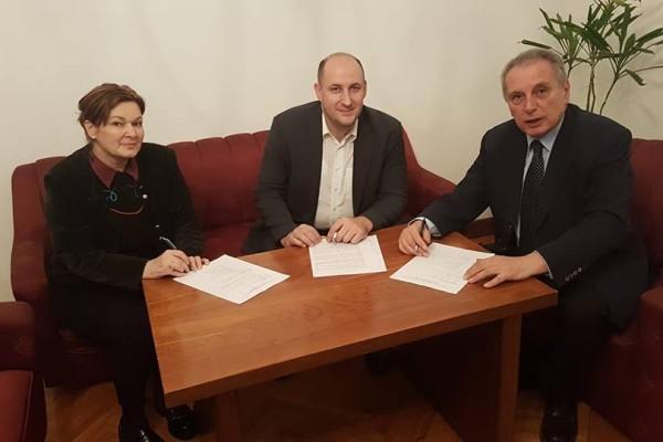 Potpisani su ugovori o financiranju provedbe dijela Operativnog programa za češku i slovačku manjinu Vlade republike Hrvatske u 2018. godini.