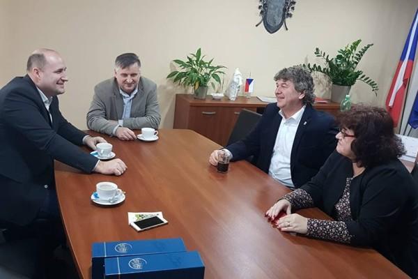 Přijemná schůze se starostou a představitelema Prahy 15