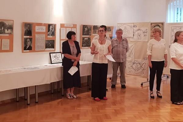 Výstava vyšívaných kuchařek - Týden České kultury - Daruvar 2019